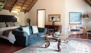 Accommodation at Thatchfoord Lodge